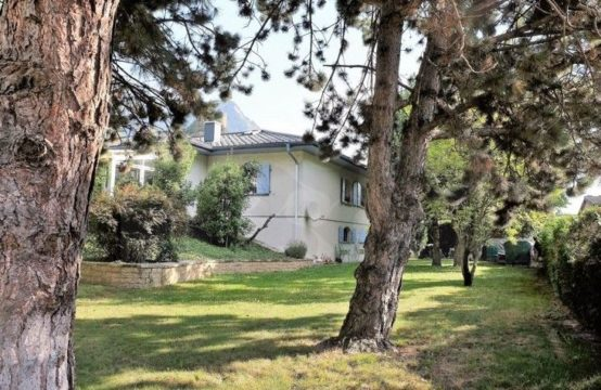 EDEN Immobilier | Exclusivité | Villa 7.5 pièces | Style Provençal | Grand sous-sol & Grand Jardin | Impasse