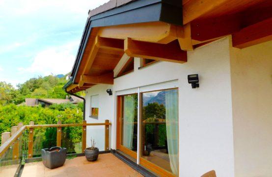 EDEN-Immobilier | Chemin- dessous | Martigny | Villa pour 2 familles + Serre tropicale de 150M2