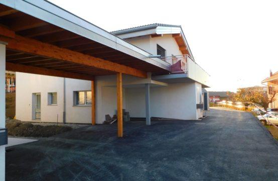 Villa neuve avec 3 appartements en PPE / Rendement sur fonds propre  17%