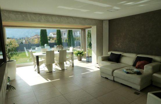 Splendide appartement dans une villa d'architecte